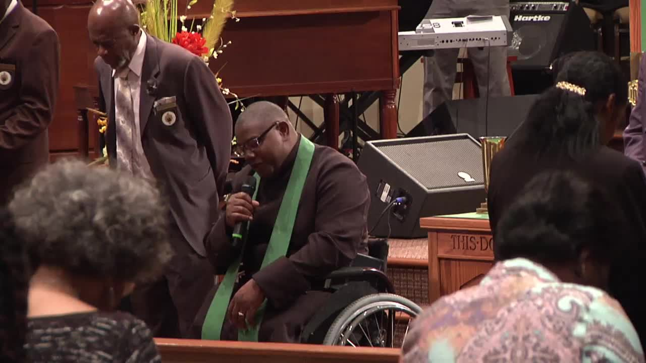 Pleasant Hill Baptist Church Live Services  on 17-Nov-19-12:22:59