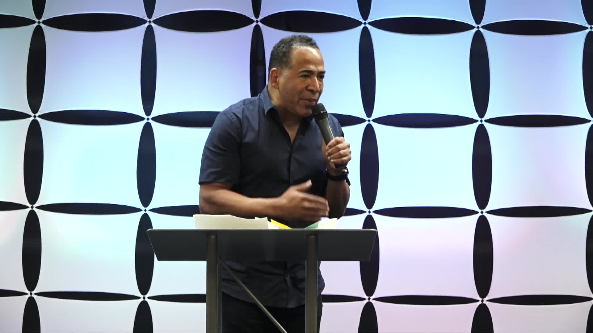 Tim Storey At The Body Of Christ Church International 08-17-2018-1